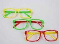 Spassbrille ohne Gläser farbig sortiert
